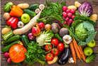 नवंबर शुरू होते ही बच्चों को खिलाएं ये सब्जी-फल, एग्जाम में दिलाएंगे अच्छे मार्क्स