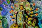Shardiya Navratri 2018: जानिए कैसे हुई मां दुर्गा की उत्पत्ति और किस तरह उन्हें प्राप्त हुई शक्ति