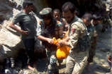 PHOTOS: अमरनाथ यात्रियों की बस खाई में गिरी, 16 की मौत