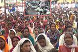 VIDEO: किसान आंदोलन को कुचलने के लिए नेताओं की मुखबिरी कर रही पुलिस