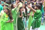 पर्यावरण को बचाने के लिए कॉलेज में छात्र-छात्राओं ने मनाया ग्रीन डे