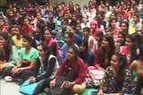 VIDEO : डांस की प्रस्तुतियों से छात्राओं ने मचाई धूम