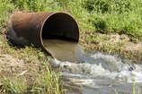 नीतीश के 'सात निश्चय' का सच, पटना में लोग किराया देकर बहाते हैं घर का पानी