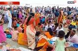 गंगा दशहरा के मौके गंगा घाट पर हजारों श्रद्धालुओं ने लगाई आस्था की डुबकी