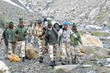 ITBP जवानों ने पेश की मिसाल, 30km तक कंधे पर उठाकर लाए ट्रैकर का शव
