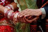 उम्र में बड़ी लड़की से शादी के समय ध्यान रखें 5 बातें, रिश्ता बनेगा मजबूत