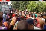 मधुबनी: तेज रफ्तार ट्रक पलटा, युवक की मौके पर मौत
