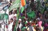 तिरंगे के साथ निकले जुलूस- ए- मोहम्मदी का हिंदुओं ने किया स्वागत