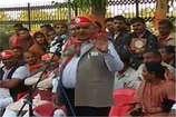 पूर्व गृहमंत्री गुलाब कटारिया का विवादास्पद बयान, कहा- मंदिर में भगवान रो रहे हैं