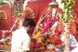 VIDEO: रामनवमी पर मंदिरों में उमड़ा भक्तों का सैलाब, गूजे रामलला के जयकारे
