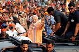प्रचंड जीत के बाद काशी पहुंचे नरेंद्र मोदी, शाही स्वागत की तैयारी पूरी