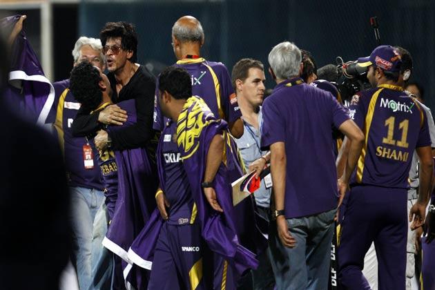 आईपीएल के इतिहास में यह पहला मौका था जब किसी खिलाड़ी ने अपने जन्मदिन के मौके पर अर्धशतक बनाया। सुपरकिंग्स ने टॉस जीतकर पहले बल्लेबाजी का फैसला किया।