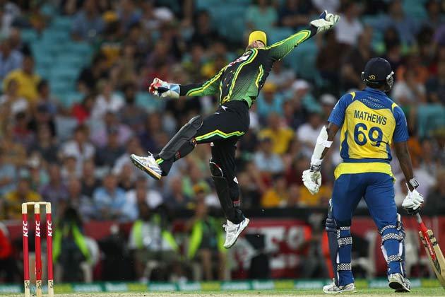 26 जनवरी 2013 को एएनजेड स्टेडियम में ऑस्ट्रेलिया और श्रीलंका के बीच ट्वेंटी -20 अंतरराष्ट्रीय मैच के दौरान कैच लपकते हुए ऑस्ट्रेलिया के मैथ्यू वाडे।