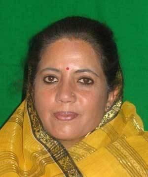 हिमाचल प्रदेश के मुख्यमंत्री वीरभद्र सिंह की पत्नी और कांग्रेस उम्मीदवार प्रतिभा सिंह मंडी लोकसभा सीट से भारतीय जनता पार्टी के उम्मीदवार स्वरूप शर्मा से चुनाव हार गई हैं।