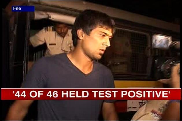 <b>20 मई 2012 --- </b><br />20 मई 2012 को मुंबई के जुहू इलाके में एक रेव पार्टी से 128 लोगों को हिरासत में लिया गया। इस पार्टी से आईपीएल-5 के दो खिलाड़ियों को भी हिरासत में लिया गया। स्पिनर राहुल शर्मा और तेज गेंदबाज वेन पार्नेल भी इस पार्टी से हिरासत में लिए गए जिन्हें पूछताछ के बाद छोड़ दिया गया।