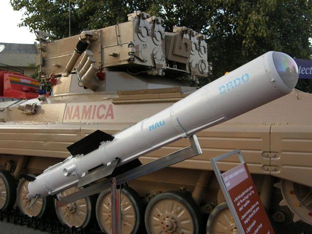 NAMICA (नाग मिसाइल करियर): ये टैंकरोधी सिस्टम है. नमिका एक साथ 8 नाग मिसाइलों को छोड़ सकती है. इसमें सेंसर लगे होते हैं. ये एक बार निशाना तय हो जाने के बाद टार्गेट को तबाह करके ही छोड़ती हैं. ये मिसाइलें दागो और भूल जाओ की नीति पर चलती हैं.