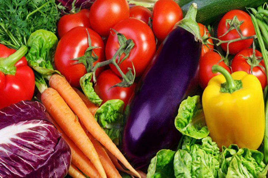 अब बारी आती है, दूसरे दिन की इस दिन आपको सिर्फ और सिर्फ सब्जियां खानी हैं. सब्जियां या तो आप कच्ची खा सकते हैं या उबली हुई.