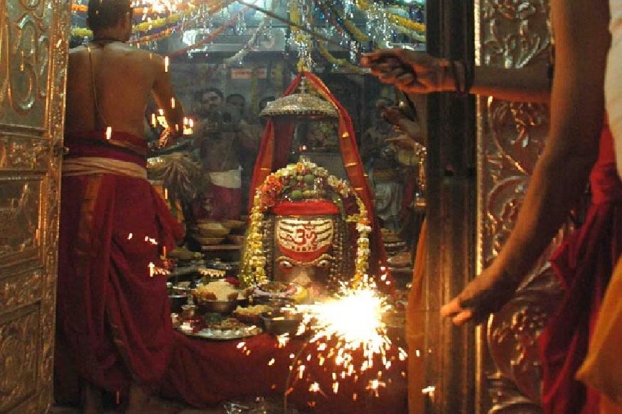 मराठों के बाद इस मंदिर का विस्तार राजा भोज ने किया था, जो महाकाल के बहुत बड़े भक्त थे.