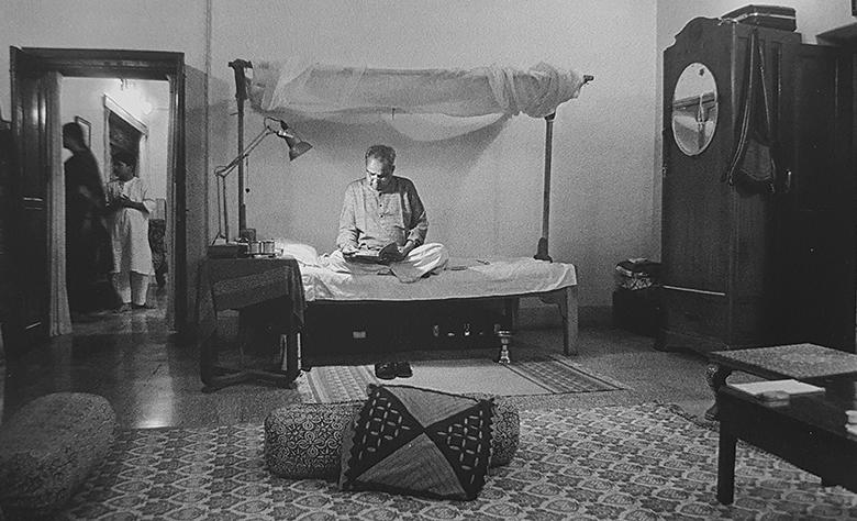 (चित्र : कुमार जी का साधाना कक्ष, भानुकुल देवास)