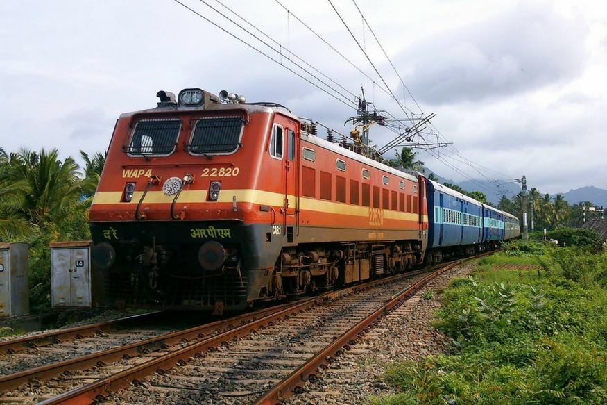 नॉर्थ वेस्टर्न रेलवे ने 2090 एक्ट अप्रेंटिस के पदों के लिए आवेदन मंगाए हैं. इच्छुक और योग्य उम्मीदवार 30 दिसंबर तक ऑफिशियल वेबसाइट www.rrcjaipur.in पर जाकर ऑनलाइन आवेदन कर सकते हैं.