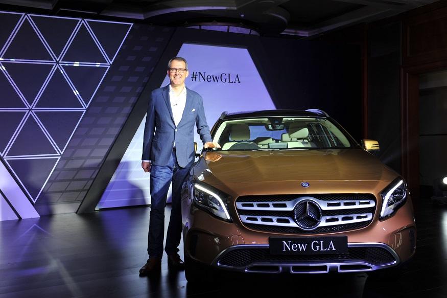 मर्सडीज-बैंज जीएलए फेसलिफ्ट, भारत में लॉन्च, Mercedes-Benz GLA Facelift, Launched in India, price 30.65 Lakhs,Post GST Prices, features 2017 Mercedes-Benz GLA Facelift Launched in India