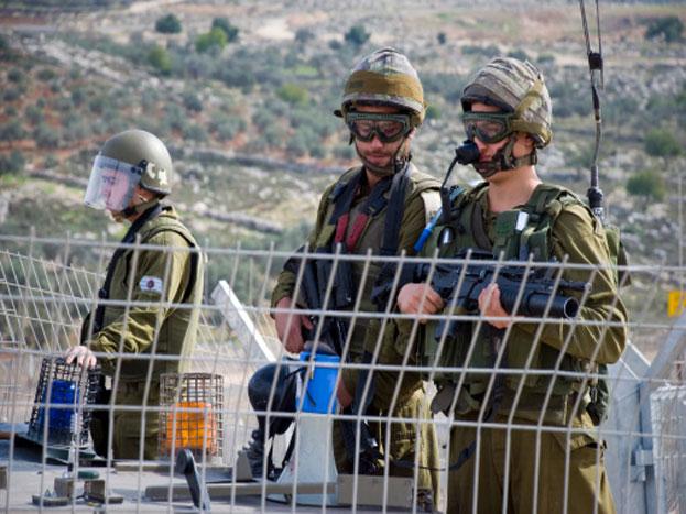 इजरायली सेना को सबसे तेजी से नई तकनीक अपनाने और उसमें जवानों को पारंगत बनाने के लिए जाना जाता है. आधुनिक हथियारों को चलाने से लेकर नई तकनीकों को हैंडल करना इजरायली जवानों को बखूबी आता है.