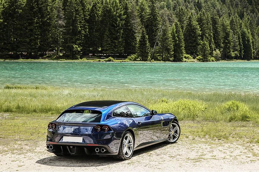 Ferrari,Ferrari GTC4 car,Price,Features, फरारी कार