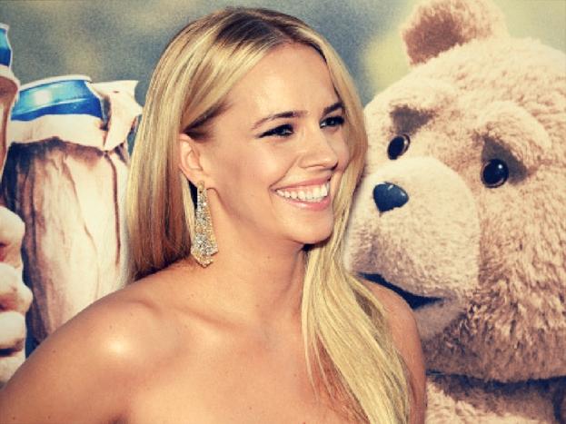जेसिका बार्थ: फिल्म 'टेड' की दोनों किश्तों में नजर आने वाली जेसिका ने भी हार्वी की गंदी हरकतों से जुड़ा अपना किस्सा साझा किया. उनसे भी हार्वी ने बिना कपड़ों के मसाज करने का आग्रह किया था.