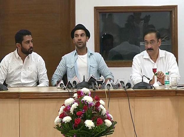 राजकुमार राव ने बताया कि हरियाणा सरकार एक अच्छी फिल्म पॉलिसी बना रही है जिसके लिए मैंने भी सुझाव दिये हैं और जल्द ही फिल्म पॉलिसी की घोषणा होगी.
