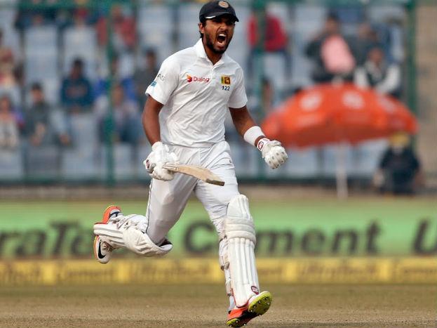 <strong>2. दिनेश चंडीमलः</strong> श्रीलंकाई कप्तान दिनेश चंडीमल ने तीन मैचों की छह पारियों में 366 रन बनाए,जिसमें दिल्ली टेस्ट में खेली गई 164 रन की पारी खास रही. यह उनका भारत के खिलाफ सर्वोच्च टेस्ट स्कोर है.वह विराट के बाद सीरीज़ के सबसे सफल बल्लेबाज़ रहे.