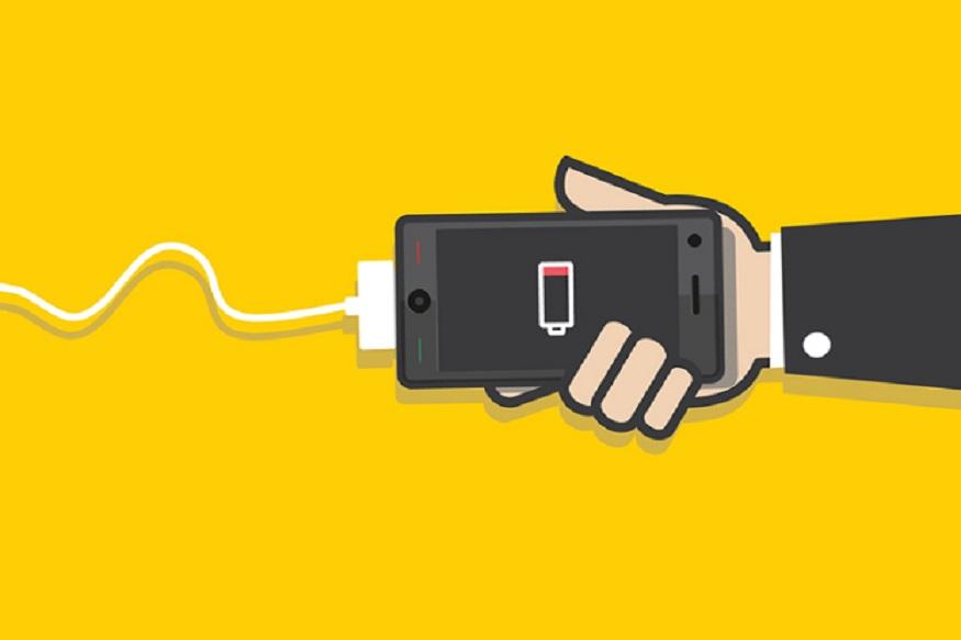 दरअसल, हमारे स्मार्टफोन में कई ऐसी सेटिंग्स होती हैं जो अक्सर ऑन रहती हैं. ये सेटिंग्स हमारे स्मार्टफोन की बैटरी डाउन कर देती हैं और डेटा भी ज्यादा खर्च होता है. अगर इन सेटिंग्स को ऑफ नहीं किया गया तो कई बार ये फोन की सेफ्टी के लिहाज से भीखतरा भी साबित हो सकती हैं. अगली स्लाइड में पढ़ें कैसे मैनेज करें स्मार्टफोन की सेटिंग्स.