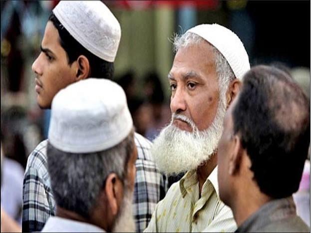 बीजेपी विधायक सिंह ने मुसलमानों की देशभक्ति पर सवालिया निशान लगाते हुए कहा कि बहुत कम मुसलमान ही राष्ट्रभक्त हैं. इसके बाद बीजेपी विधायक ने आरएसएस को लेकर बयान दिया- आगे देखें