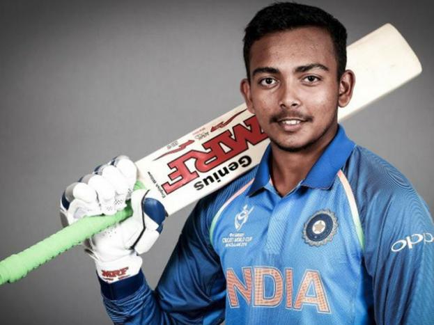 अंडर-19 क्रिकेट वर्ल्ड कप के पहले मैच में भारत की शानदार जीत हुई.न्यूजीलैंड में हुए इस मैच में टीम इंडिया ने ऑस्ट्रेलिया की U-19 टीम को 100 रन से हरा दिया. टीम इंडिया की जीत के हीरो कैप्टन पृथ्वी शॉ रहे, जिन्होंने मैच में शानदार बैटिंग करते हुए 94 रन की इनिंग खेली... > ऐसी रही पृथ्वी की इनिंग