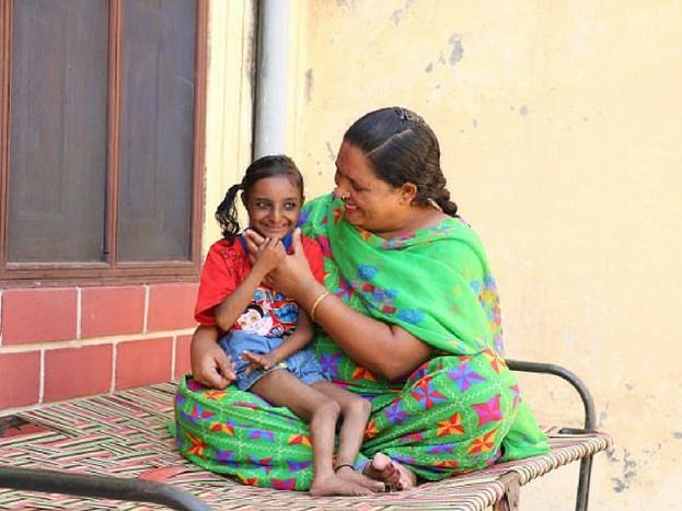 पंजाब में पैदा हुई मनदीप बतवाल ने हाल ही में अपने जिंदगी के 18 साल पूरे किए हैं.