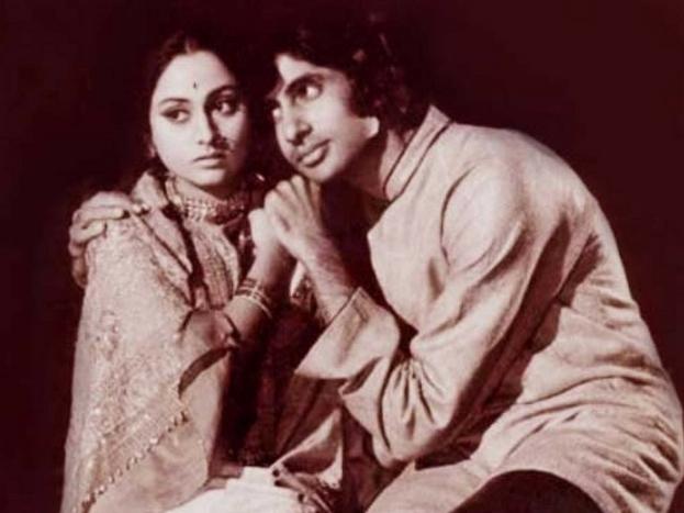 उसके बाद अपने साथी प्रकाश वर्मा के साथ 1972 में पहली फिल्म बंसी बिरजू बनाई. इस फिल्म में उन्होंने बतौर हीरो हिरोइन अमिताभ बच्चन और जया भादुड़ी को लिया. यह पहली बार था जब ये दोनों एकसाथ फिल्म में आए थे. ये फिल्म तकरीबन पांच लाख रुपए में बनकर तैयार हुई. शुरुआती दौर में जब अमिताभ बच्चन संघर्ष कर रहे थे तो रमेशजी ने ही उन्हें काम दिया. कुछ साल बाद अमिताभ की कुली जैसी फिल्में सुपरहिट हुईं और उन्होंने कम फीस में काम करने से इनकार कर दिया.