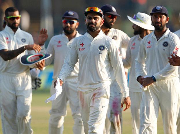 फिलैंडर और रबाडा ने इस मैदान पर दो-दो बार पारी में पांच विकेट लिए हैं. टेस्ट में रबाडा की बॉलिंग स्ट्राइक 39.2 की है यानी हर 39वीं गेंद पर वो विकेट लेते हैं। लेकिन सेंचुरियन में रवाडा को हर 23वीं गेद पर ही विकेट मिलती है.