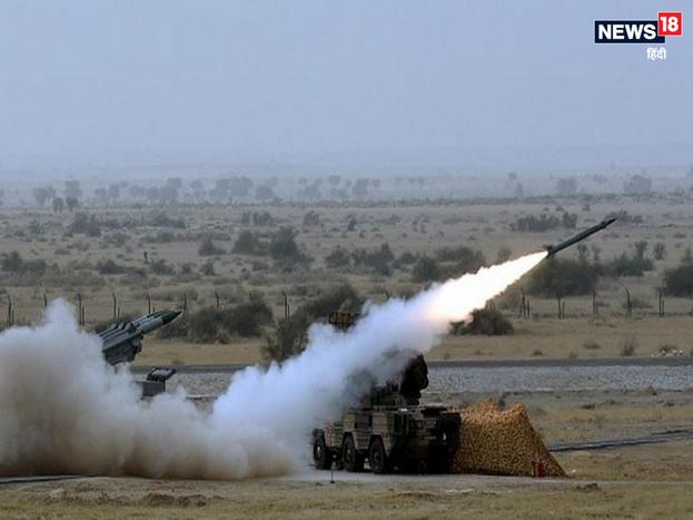 भारतीय सेना और सरकार के बीच इजरायल के साथ 50 करोड़ डॉलर की मिसाइल डील आगे बढ़ाने के लिए चर्चा शुरू हो गई है. भारतीय सेना स्पाइक एंटी टैंक गाइडेड मिसाइल्स खरीदना चाहती है. डील इजरायल के सरकारी डिफेंस कॉन्ट्रैक्टर राफेल के साथ होनी है. पिछले साल अप्रैल में दोनों देशों के बीच 2 अरब डॉलर की मिलिट्री डील पर साइन किए गए थे.<strong>>> भारत के पास हैं ये बड़ी मिसाइलें</strong>
