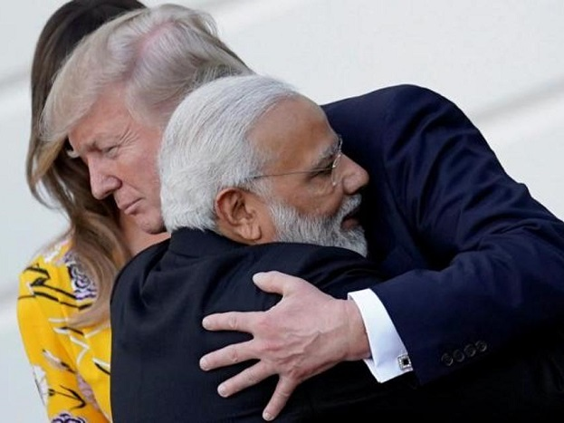 अमेरिकी राजदूत ने बीते दिनों वर्ल्ड बैंक द्वारा जारी की गई ईज ऑफ बिजनस डुइंग इंडेक्स का भी जिक्र किया और भारत की इस इंडेक्स में रैंक सुधरने पर खुशी जताई. उन्होंने कहा कि भारत का इस तरह आगे बढ़ना प्रेरणादायक है.