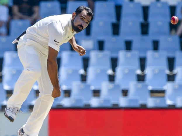 मोहम्मद शमी, साउथ अफ्रीका का एक विकेट लेते ही टेस्ट मैच में 100 विकेट लेने वाले गेंदबाजों की लिस्ट में शामिल हो गए.
