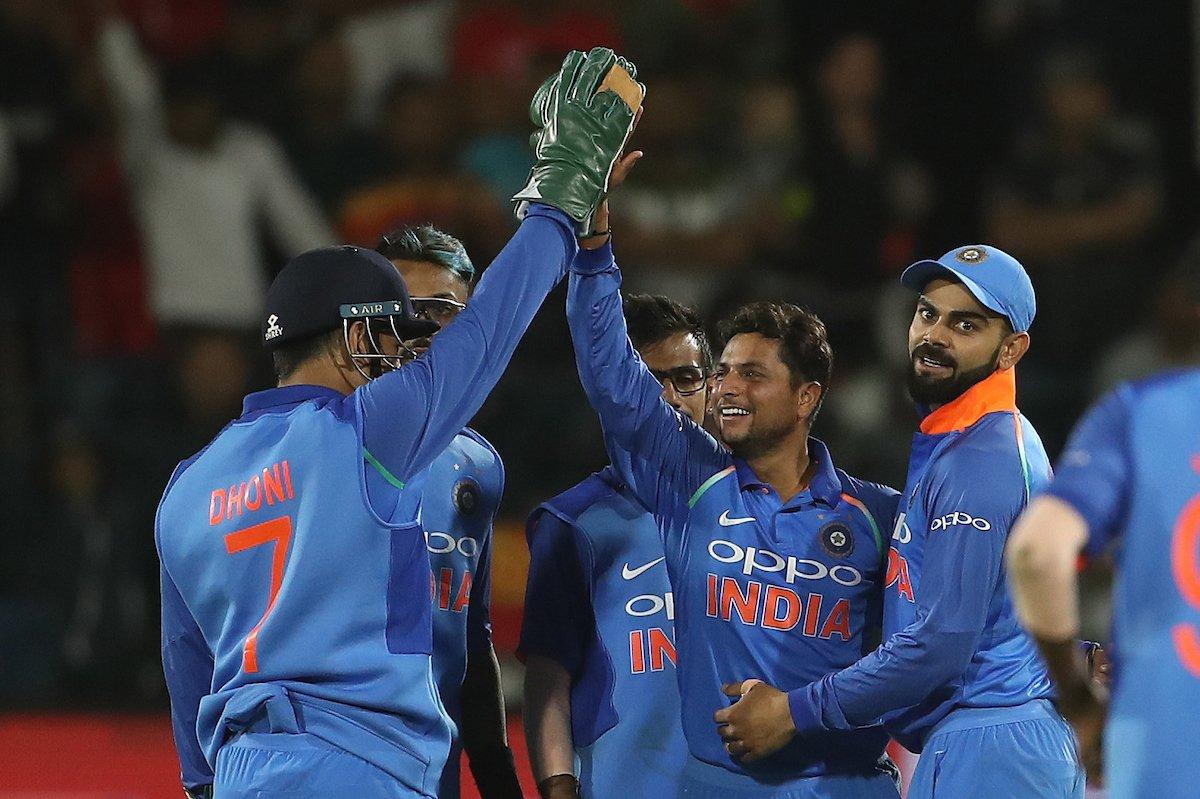 सेंचुरियन में टीम इंडिया के पास सबसे बड़े अंतर से बाइलेट्रल सीरीज जीतने का भी मौका है. एशियाई सरजमीं और जिम्बाब्वे को अगर छोड़ दिया जाए तो टीम इंडिया ने कभी विदेश में विरोधी को 5-1 के बड़े अंतर से नहीं हराया है. विराट कोहली की अगुवाई में टीम इंडिया इस कारनामे को अंजाम दे सकती है.