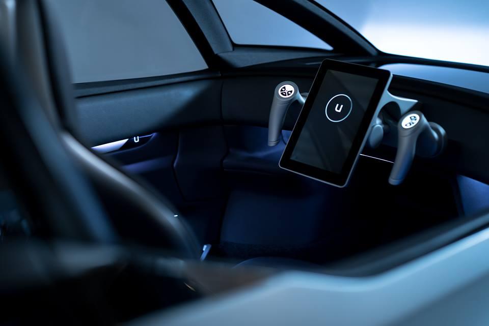 यह इलेक्ट्रिक कार भारत में दो साल बाद आयेगी. इसमें क्लच और ब्रेक लगाने की जरूरत नहीं है. इस कार का स्टेयरिंग वीडियो गेम की तरह होगा.