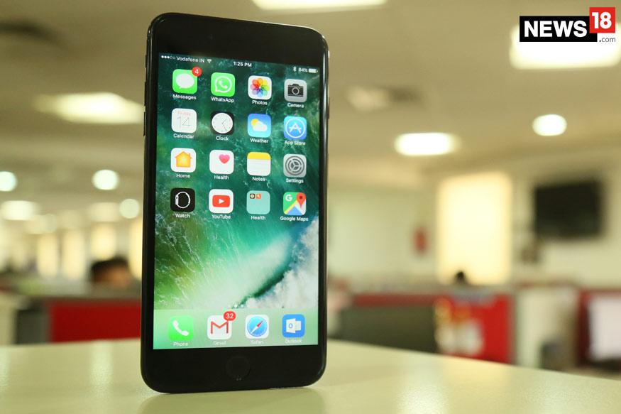 कंपनी के अनुसार यह टीवी iPhone 7 की तुलना में 30% ज्यादा पतली है.