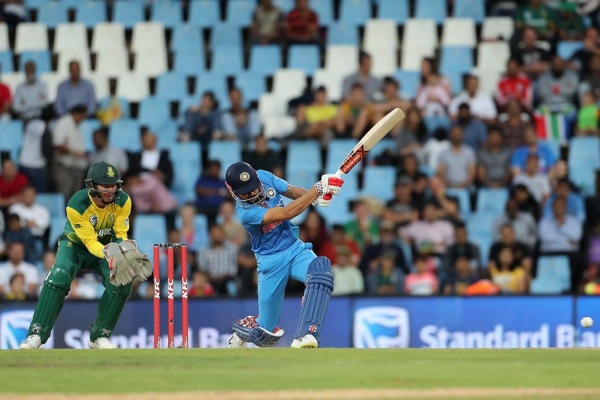 सेंचुरियन टी20 में मनीष पांडे ने नाबाद 79 रन बनाए जो कि इंटरनेशनल टी20 क्रिकेट में उनका सर्वोच्च निजी स्कोर है. इसके लिए उन्होंने 48 बॉल का सामना करते हुए छह चौके और तीन छक्के लगाए. उन्होंने अब तक 17 टी20 मैच खेले हैं जिसमें दो अर्धशतक की मदद से 347 रन बनाए हैं.