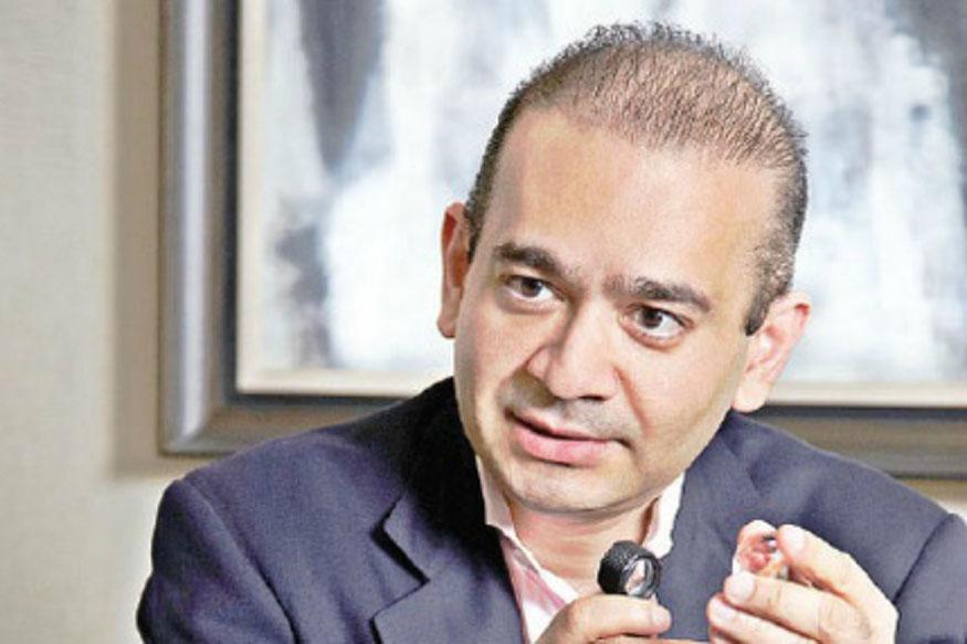 19 वर्ष की उम्र में नीरव मेहता को अपने मामा और गीतांजली जेम्स के चेयरमैन मेहुल चौकसे के पास मुंबई भेजा गया था. वहां उन्होंने हीरा कारोबार की जानकारियां लीं. 1999 में उन्होंने दुर्लभ हीरों के व्यापार के लिए फायरस्टार डायमंड नाम की कंपनी स्थापित की. इसके बाद कई अंतरराष्ट्रीय कंपनियों का अधिग्रहण किया और इस तरह उनका नेटवर्क तगड़ा हो गया. मजबूत नेटवर्क की वजह से ही उन्होंने कॉन्ट्रैक्ट मैन्युफैक्चरिंग में कदम रख दिया.