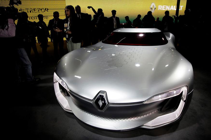 ऑटो एक्सपो में Renault ने Trezor कार को प्रदर्शित किया. (फोटो: AP)