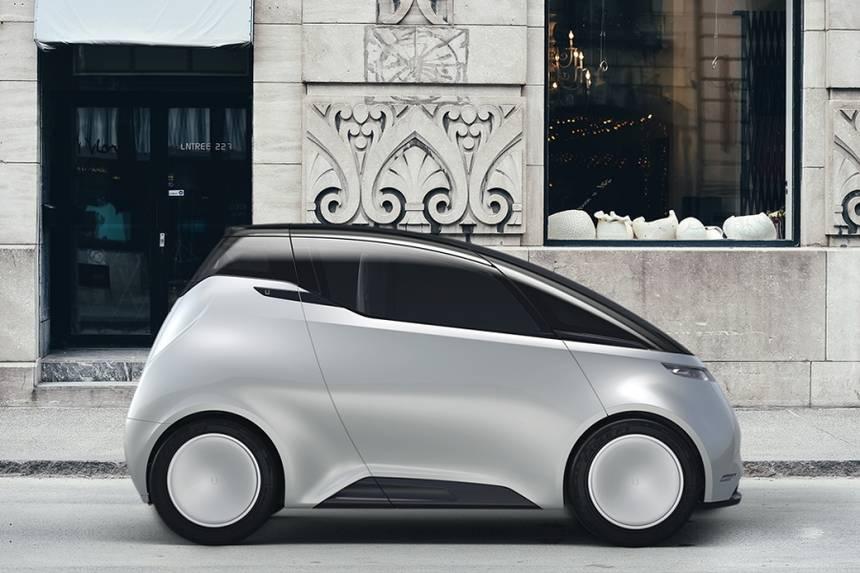 यूनिटी स्वीडन की इलेक्ट्रिक कार मेकर कंपनी है. अभी यह इलेक्ट्रिक कार स्वीडन की सड़कों पर ही चलती है. इस इलेक्ट्रिक कार की कीमत 7 लाख रुपये से ज्यादा होगी. अगली स्लाइड में देखिये ऑटो एक्सपो के दूसरे दिन कौन-सी चमचमाती कारों को पेश किया गया.