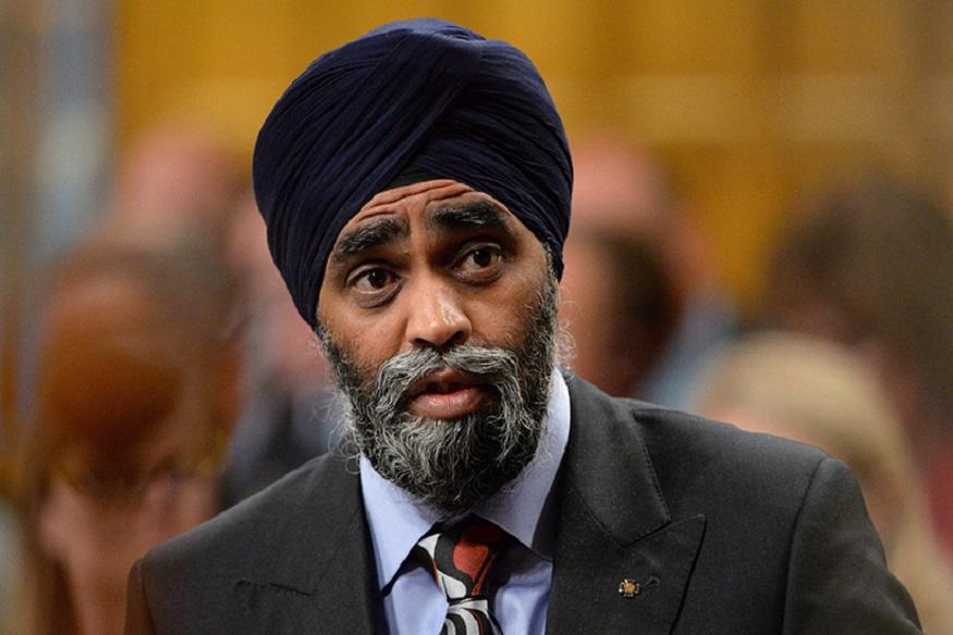ये हरजीत सज्जन हैं. 45 साल के हरजीत कनाडा के रक्षा मंत्री हैं. लिबरल पार्टी के टिकट पर दक्षिणी वैंकुवर से जीतकर वह जस्टिन ट्रूडो की सरकार में रक्षा मंत्री बने हैं. माना जाता है कि वे विश्व सिख संगठन के साथ जुड़े हैं, जो खालिस्तानी आंदोलन को समर्थन देता है.