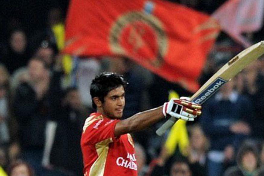 <br />मनीष पांडे ने साल 2009 में सेंचुरियन मैदान पर ही आईपीएल के दौरान रॉयल चैलेंजर्स बेंगलुरू के लिए खेलते हुए 73 बॉल पर 114 रन की नाबाद पारी खेली थी जो कि आईपीएल में किसी भी भारतीय बल्लेबाज़ का पहला शतक था. उन्होंने इस दौरान दस चौके और चार छक्के लगाए थे.