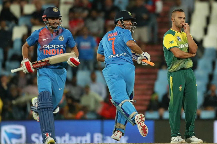 भारत और साउथ अफ्रीका के बीच सेंचुरियन तीन टी20 मैचों की सीरीज़ का दूसरा मैच खेला गया जिसमें टीम इंडिया ने मनीष पांडे के नाबाद 79 रन के सहारे का 188/4 का स्कोर बनाया. एक बार फिर सेंचुरियन का मैदान मनीष के लिए लकी साबित हुआ. जानिए...