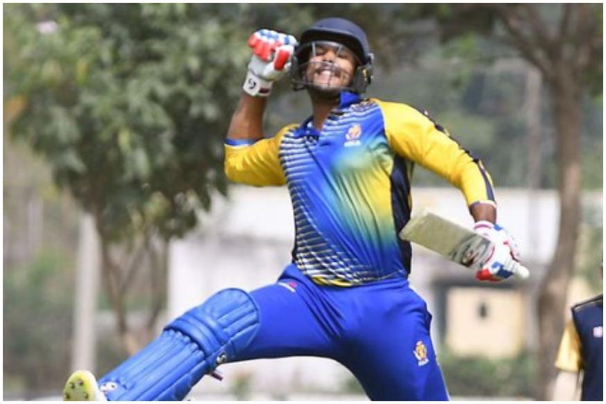 विराट कोहली टीम इंडिया की रन मशीन हैं तो वहीं घरेलू क्रिकेट की बात करें तो कर्नाटक के ओपनिंग बल्लेबाज मयंक अग्रवाल ने भी खुद को रन मशीन साबित किया है. मयंक अग्रवाल ने विजय हजारे ट्रॉफी के सेमीफाइनल में महाराष्ट्र के खिलाफ 81 रन बनाकर अपनी टीम को 9 विकेट से जीत दिलाई और उसे फाइनल में पहुंचा दिया. मयंक अग्रवाल ने अपनी इस पारी के दौरान कई बड़े रिकॉर्ड भी तोड़ डाले.